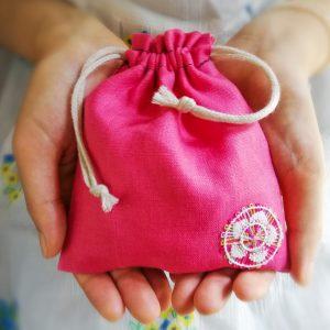たて糸シリーズの巾着袋(ピンク)